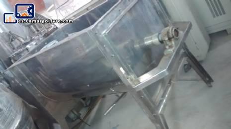 Mezclador de la paleta 300 litros en acero inoxidable con spray Imarvil
